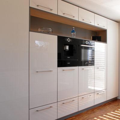 Küche – in weißen Hochglanz